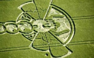 Mystery of Crop Circles & vibrational geometry discussed with Lucy Pringle