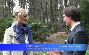 Baptist de Pape interviews Lilou Macé on Abundance, her spiritual journey and future plans