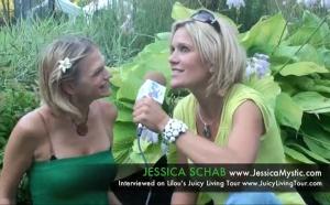 ジェシカ・シュワブ:宇宙を信頼して豊かに生きる