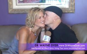 Dr. Wayne Dyer a Leukémiáról, Isten Jánosa Gyógyitásáról - Lilou Tartalmas Élet Körújta