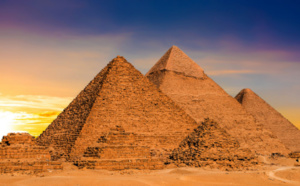 OBE helping scientist to understand EGYPT - Jean Pierre Petit ( part 1)