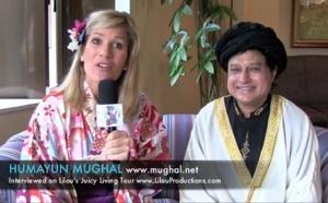Conversation with an Islam sufi (صُوفِيّ) - Mughal Humayun, Japan